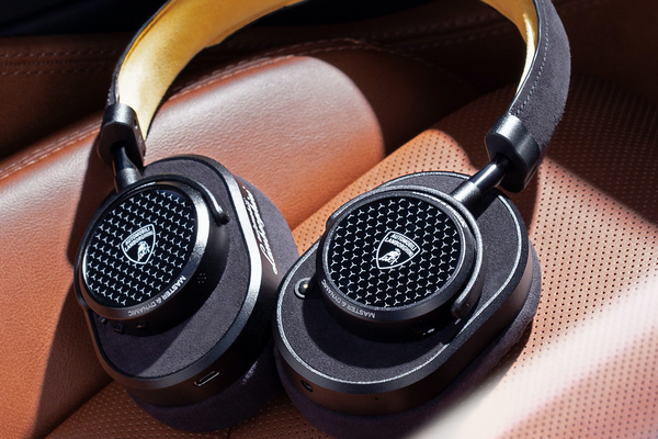 Lamborghini Master & Black MW65 headphone