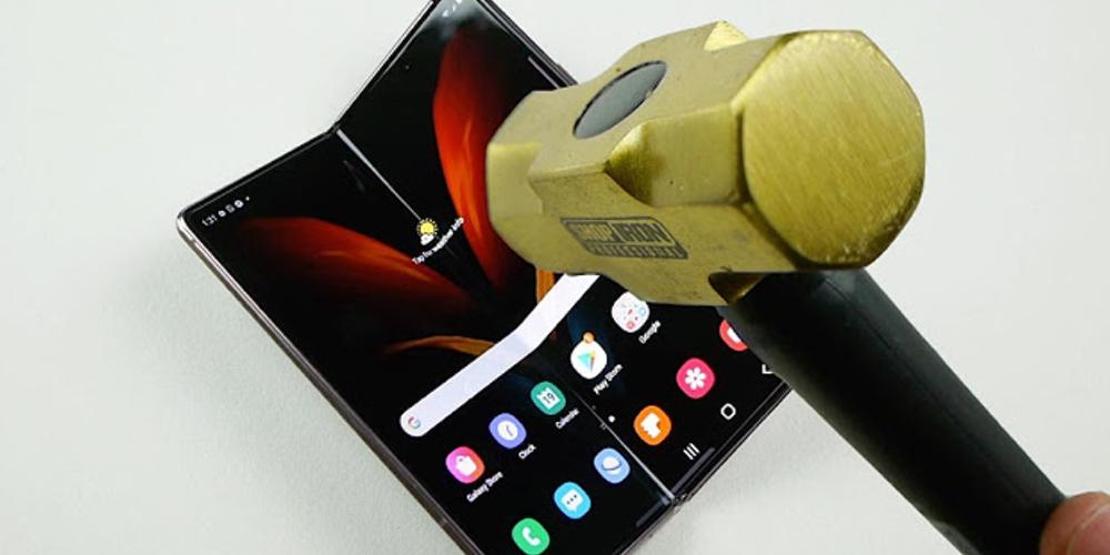 screen repair cost for foldable phones