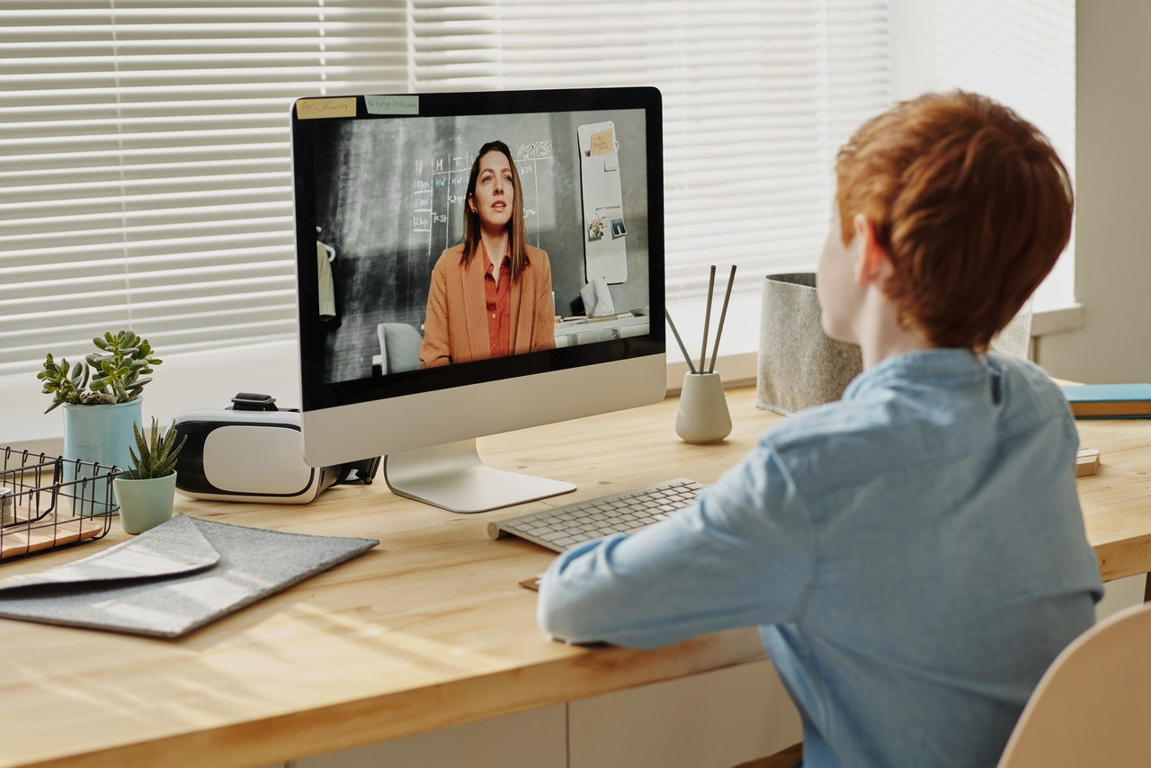 Choose and Use the Best Tech for Distance Learning